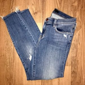 J Brand: Destroyed skinny crop jeans
